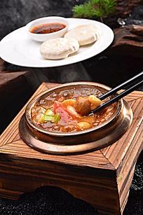 牛肉丸海鲜胡辣汤