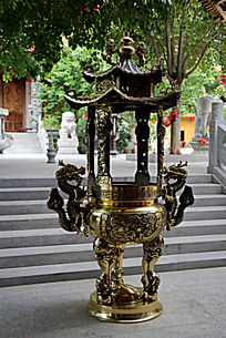 传统花纹龙雕铁艺焚香炉