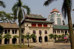 厦大绿色屋顶古典建筑