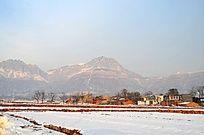 雪后的太行山村风光