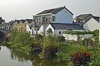 河边的农家小院
