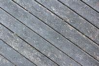 金牛山公园里的斜线木板