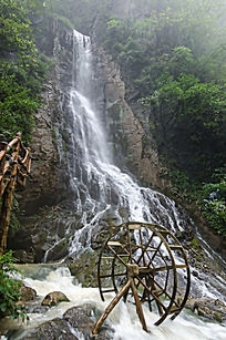 襄阳保康县五道峡景区瀑布