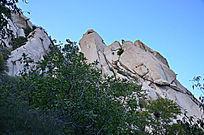 凤凰岭上的山石