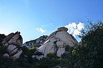 高耸入云的大山山石