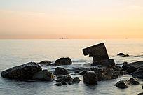 慢门拍摄海边礁石