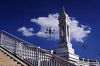 大理妙香佛国特色的桥面塔式建筑