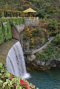 五龙河瀑布