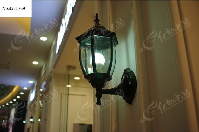 壁灯灯泡图片