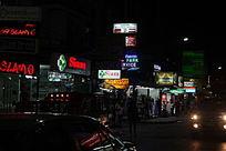 普吉岛街上的各种海鲜店