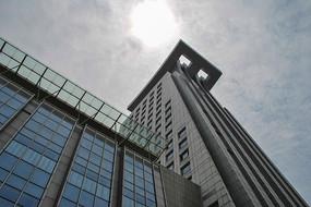 天空下的武汉湖北省图书城