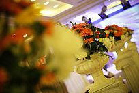 婚礼现场摆放的花