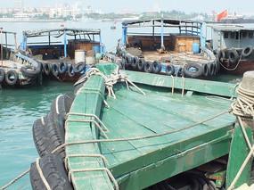 渔船船头特写图片