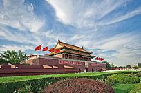 蓝天下的北京天安门城楼