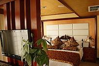 温馨卧室摄影图