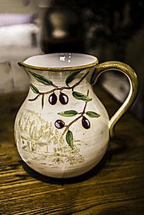 葡萄图案杯子