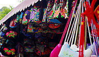 民族特色的刺绣手包