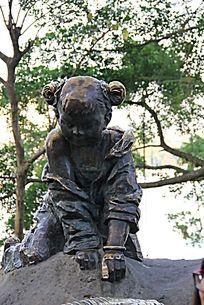 小孩子人物雕塑