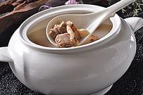 美味山菌汤