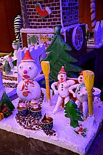 圣诞姜饼人雪糕小人