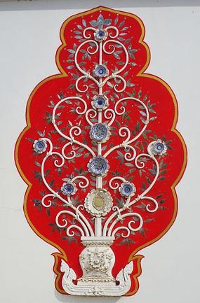 小乘佛教佛塔墙面的吉祥图案
