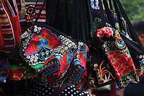民族特色刺绣包