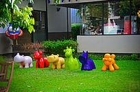 艺术园彩色动物雕塑