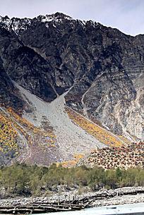 峡谷山脉植被