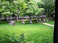 常家大院后花园的石刻艺术