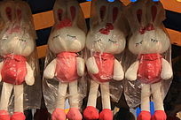 小兔子毛绒玩具
