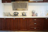 橱柜和厨房不锈钢餐具