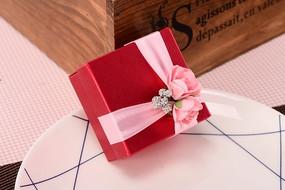 红色喜糖盒