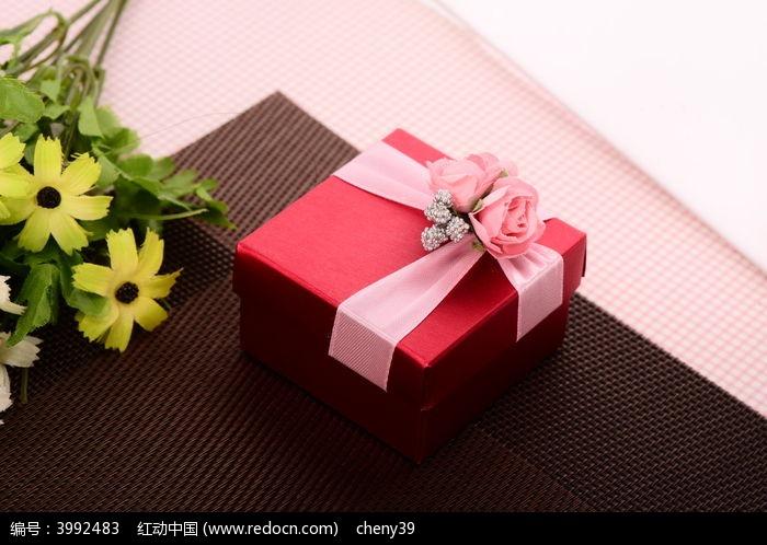 喜糖礼盒图片