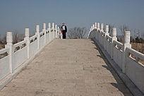 拱桥桥面护栏