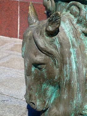 蒙古族风格雕塑牛头