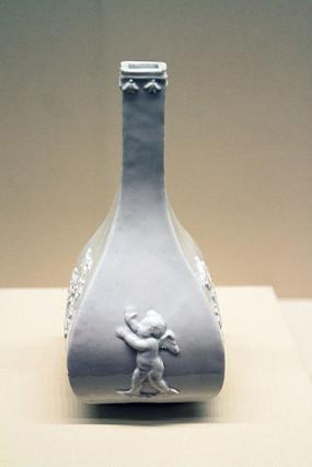 伯特格尔瓷瓶