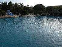 宾馆的游泳池