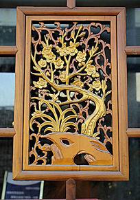 梅花镂空木雕建筑装饰
