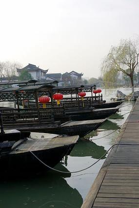 嘉兴南湖游船