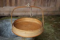 农家竹篾编织提篮