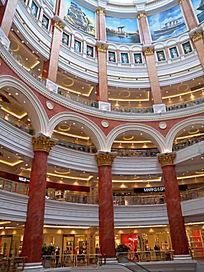 上海环球港中庭欧式风格建筑
