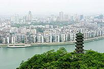 柳州 蟠龙塔与繁华市区