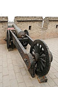 平遥古城古城墙火炮
