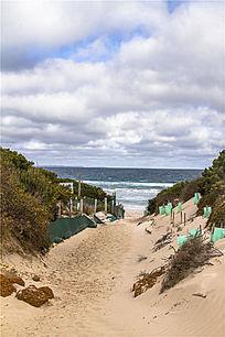 澳洲袋鼠岛海滩上的小道