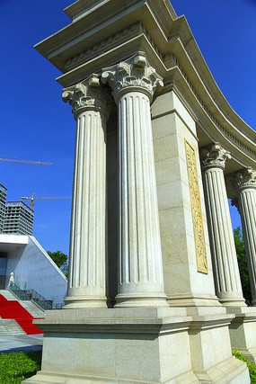 罗马建筑大门