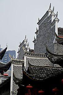 湖南湘西乾州古城古老建筑外观特写图片