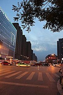 城市街道夜景