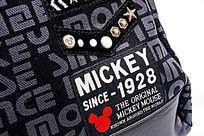 时尚黑灰色系米奇背包细节展示