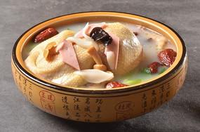 菌汤煲全鸡