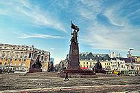 远东胜利广场的苏联红军雕塑